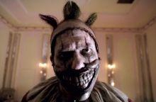 ahs-freak-show-season-4-episode-1-killer-clown