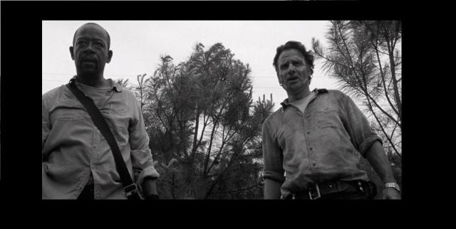 amcs-the-walking-dead-season-6-episode-1-black-and-white-flashback-morgan-and-rick-border