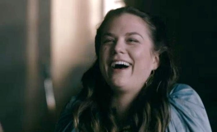 Gisla (Morgane Polanski) laughs at Rollo's makeover in Episode 2 Season 4 of Vikings