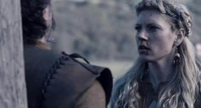 Lagertha (Katheryn Winnick) kills her enemy in Episode 1 of Season 4 of History Channel's Vikings