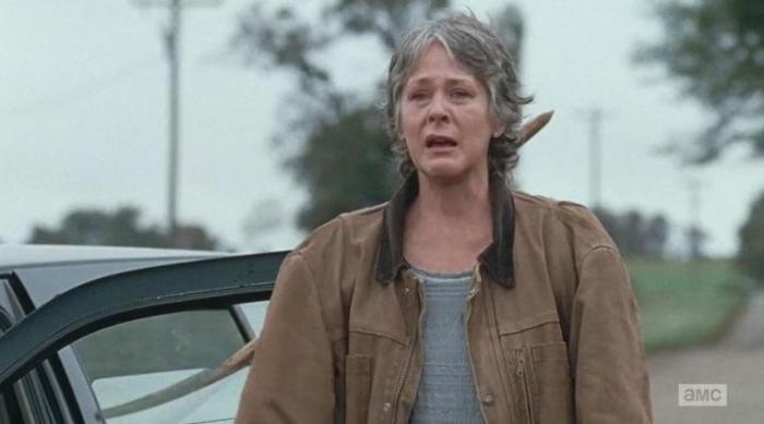"The Walking Dead Season 6 Episode 15 ""East"" Carol's crying act"
