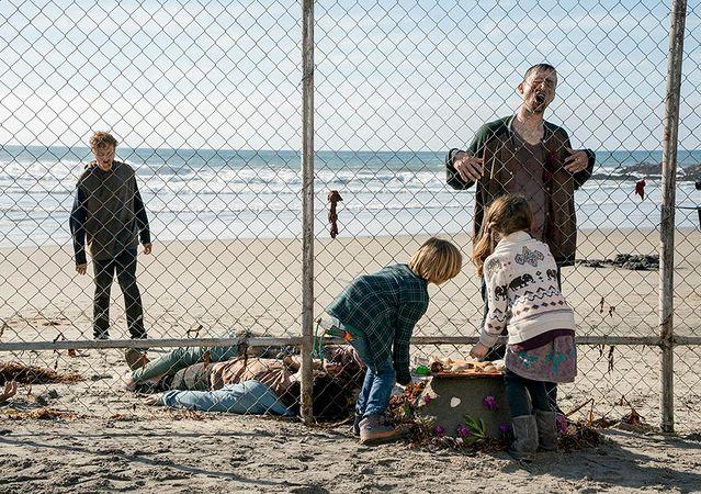 Look at the seashells, zombies. Just look at the seashells.