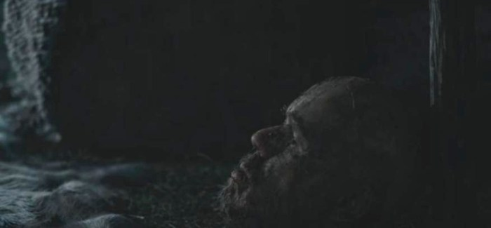 History Channel's Vikings Season 4 Episode 7 Ragnar talks to a head