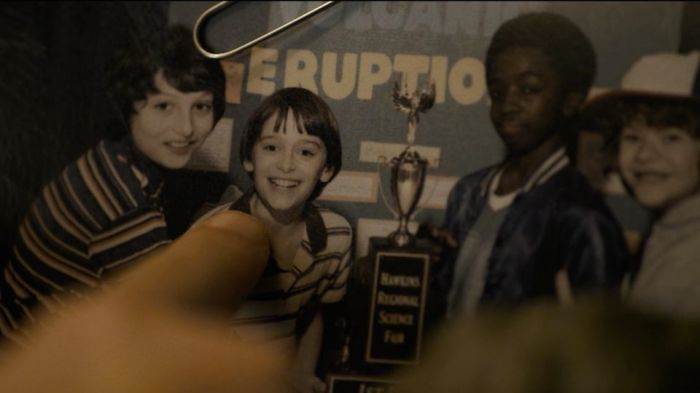 Netflix's Stranger Things Season 1 Episode 2 Eleven points at Will