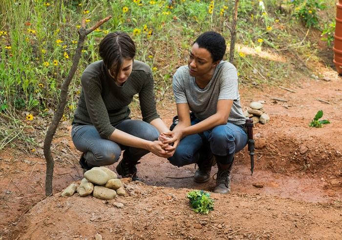 AMC's 'The Walking Dead,' Season 7, Episode 5, Maggie and Sasha at Glenn and Abraham's graves