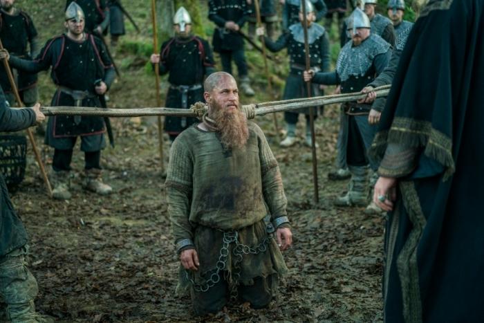 History's 'Vikings,' Season 4, Part 2, Episode 15, Ragnar Lothbrok captured