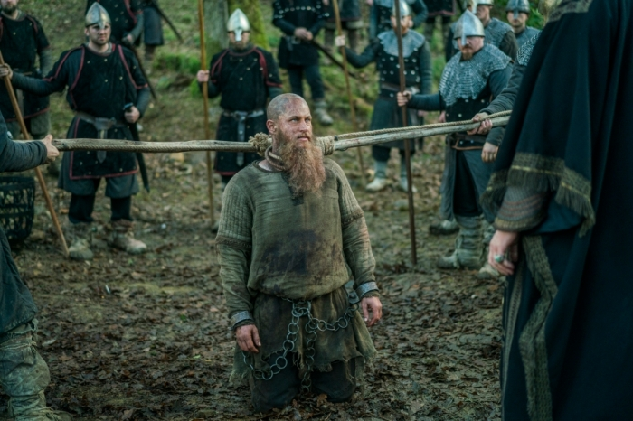 History's 'Vikings,' Season 4, Part 2, Episode 15, Ragnar Lothbrok captured
