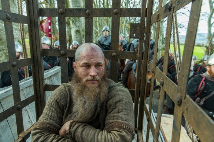 History's 'Vikings,' Season 4, Part 2, Episode 15, Ragnar Lothbrok in a cage
