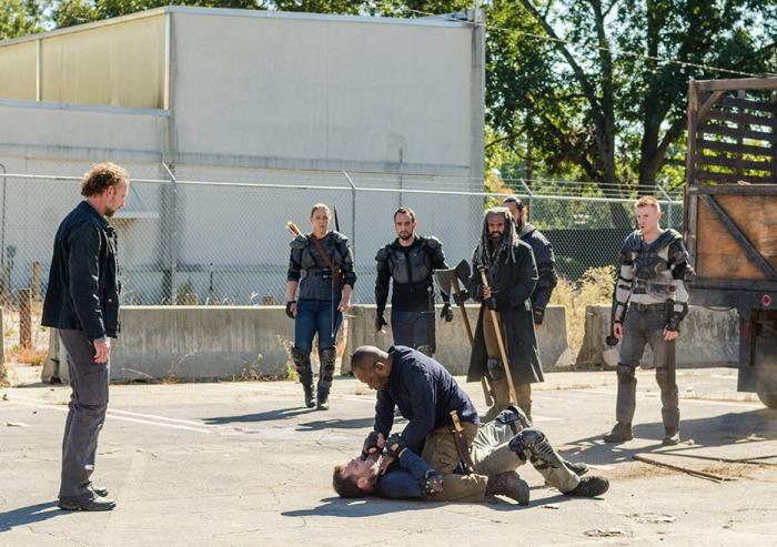 AMC's 'The Walking Dead,' Season 7, Episode 13, Bury Me Here, Morgan chokes Richard