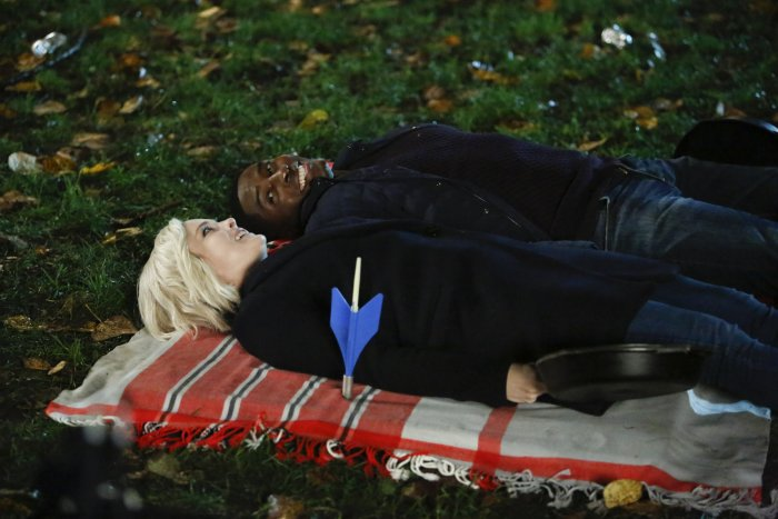 'iZombie,' Season 3, Episode 7, Eat A Knievel, Liv and Justin play stabby chicken